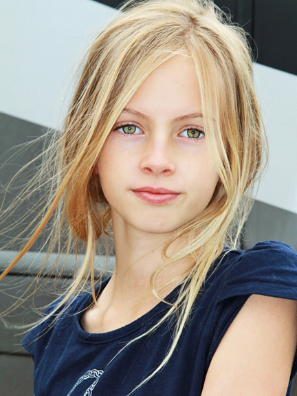 Childrens model 2018 search cover parenting place new york for Modeling agencies in miami